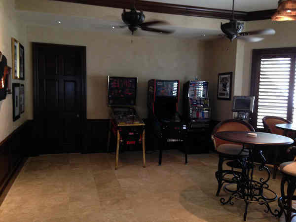 Game room on second floor <span class=meta>(KTRK Photo)</span>