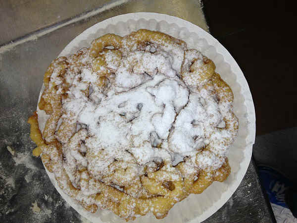 Funnel cake &#40;1&#41;: 760 calories&#47;44 grams of fat <span class=meta>(KTRK Photo)</span>