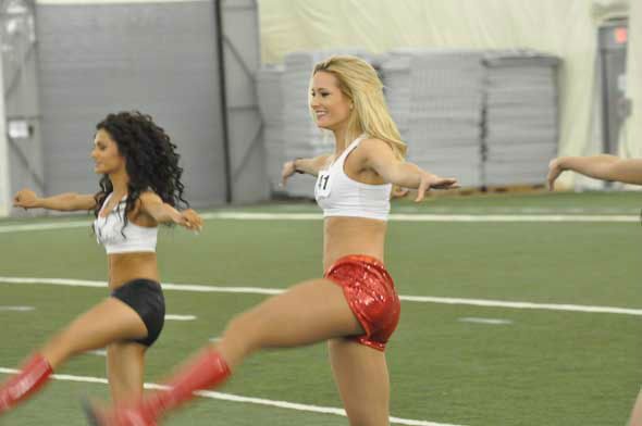 "<div class=""meta ""><span class=""caption-text "">The 51 Houston Texans Cheerleader finalists practiced their moves Monday night inside the bubble at Reliant.  (KTRK Photo)</span></div>"