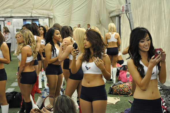 The final 2013 Houston Texans Cheerleaders squad was announced Wednesday night at Reliant and included a special guest, former President George H.W. Bush. <span class=meta>(KTRK Photo)</span>
