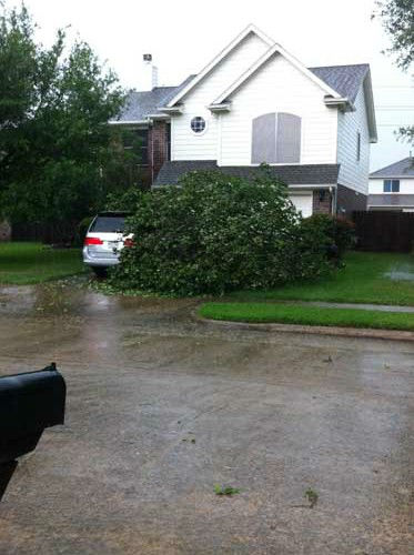 These are images our viewers sent in to us through iWitness reports of storms that moved through on Saturday, April 27, 2013.  If you have photos or video of the storms or aftermath, email them to us at news@abc13.com <span class=meta>(iWitness reports)</span>