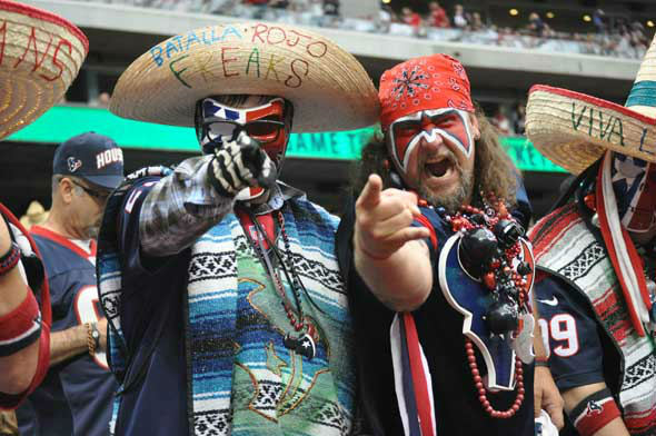 Images of the players, fans and cheerleaders at Reliant Stadium for the Texans vs. Titans game in week 4. <span class=meta>(KTRK Photo)</span>