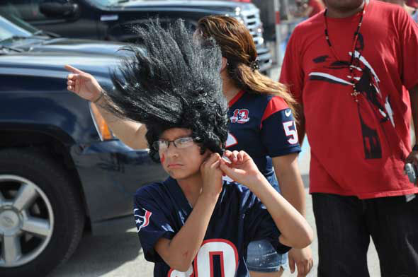 "<div class=""meta image-caption""><div class=""origin-logo origin-image ""><span></span></div><span class=""caption-text"">Images from inside and outside Reliant Stadium before the Texans vs. Ravens game on Sunday, October 21, 2012. (KTRK Photo)</span></div>"