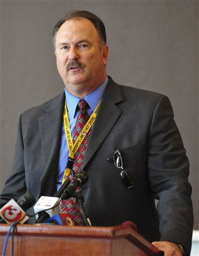 Richard Castigar, of the Pima County Sheriff&#39;s Department, speaks at a news conference about a shooting involving Rep. Gabrielle Giffords, D-Ariz., on Saturday, Jan. 8, 2011in Tucson, Ariz. &#40;AP Photo&#47;Chris Morrison&#41; <span class=meta>(AP Photo&#47; Chris Morrison)</span>
