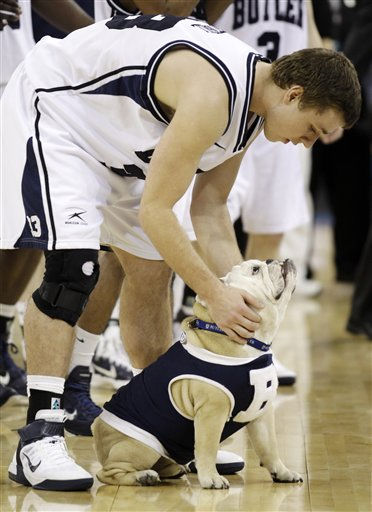 Butler&#39;s Chase Stigall rubs mascot Blue II after his team beat Virginia Commonwealth 70-62 at a men&#39;s NCAA Final Four semifinal college basketball game Saturday, April 2, 2011, in Houston. &#40; &#40;AP Photo&#47;Charlie Neibergall&#41; <span class=meta>(AP Photo&#47; Charlie Neibergall)</span>