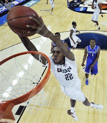 "<div class=""meta ""><span class=""caption-text "">Connecticut's Roscoe Smith as Kentucky's Darius Miller follows during a men's NCAA Final Four semifinal college basketball game Saturday, April 2, 2011, in Houston. (AP Photo/Chris Steppig/NCAA Photos, Pool) (AP Photo/ Chris Steppig)</span></div>"