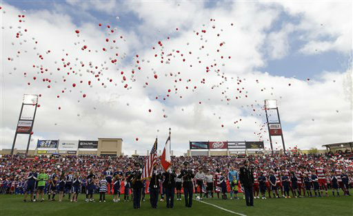 NO. 30: FRISCO, TX -- The New York Red Bulls and FC Dallas before the start of their MLS soccer match in Frisco, Texas. <span class=meta>(AP Photo&#47; Tony Gutierrez)</span>