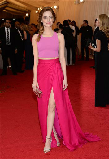"<div class=""meta image-caption""><div class=""origin-logo origin-image ""><span></span></div><span class=""caption-text"">Emma Stone attends The Metropolitan Museum of Art's Costume Institute benefit gala celebrating ""Charles James: Beyond Fashion"" on Monday, May 5, 2014, in New York.  (Photo/Evan Agostini)</span></div>"
