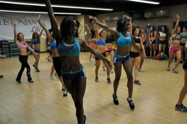 "<div class=""meta ""><span class=""caption-text "">The 45 finalists for the 2012 Houston Texans Cheerleaders practiced together for the first time at the Houstonian Lite Health Club (KTRK Photo)</span></div>"