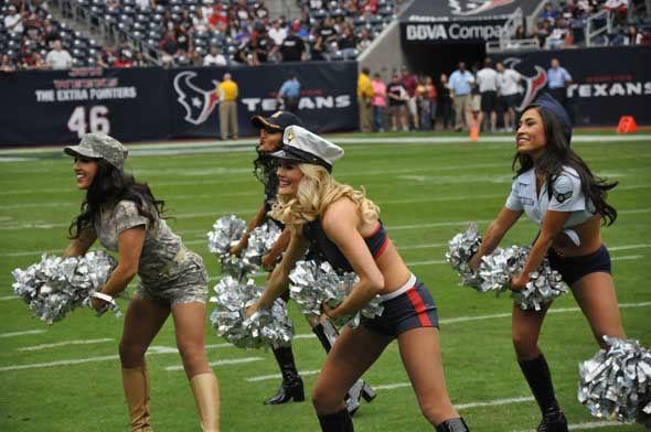 "<div class=""meta image-caption""><div class=""origin-logo origin-image ""><span></span></div><span class=""caption-text"">Images from inside and outside Reliant Stadium before the Texans vs. Bills game on Sunday, November 4, 2012. (KTRK Photo)</span></div>"