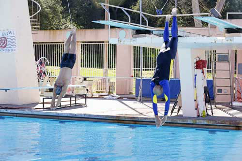 "<div class=""meta ""><span class=""caption-text "">SPLASH - ""Splash"" marks the first time 10 celebrities will train and compete in regulation platform and springboard diving at dizzying heights in front of a weekly poolside audience. Leading up to the competition, the world's most decorated and medaled diving legend, Greg Louganis, will give each celebrity weeks of training. Each dive will be critiqued by the judges, London Olympic U.S. Gold medalist David Boudia and Australian Olympic athlete and USA Dive Team director Steve Foley. ""Splash"" premieres TUESDAY, MARCH 19 (8:00-9:00 p.m., ET) on The ABC Television Network. (ABC/Kelsey McNeal) GREG LOUGANIS, KAREEM ABDUL-JABBAR (Photo/Kelsey McNeal)</span></div>"