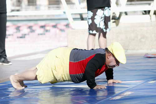 "<div class=""meta image-caption""><div class=""origin-logo origin-image ""><span></span></div><span class=""caption-text"">SPLASH - ""Splash"" marks the first time 10 celebrities will train and compete in regulation platform and springboard diving at dizzying heights in front of a weekly poolside audience. Leading up to the competition, the world's most decorated and medaled diving legend, Greg Louganis, will give each celebrity weeks of training. Each dive will be critiqued by the judges, London Olympic U.S. Gold medalist David Boudia and Australian Olympic athlete and USA Dive Team director Steve Foley. ""Splash"" premieres TUESDAY, MARCH 19 (8:00-9:00 p.m., ET) on The ABC Television Network. (ABC/KELSEY MCNEAL) CHUY BRAVO (Photo/Kelsey McNeal)</span></div>"