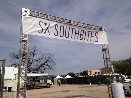 "<div class=""meta image-caption""><div class=""origin-logo origin-image ""><span></span></div><span class=""caption-text"">Getting ready for SXSW in Austin (Photo/ABC13)</span></div>"