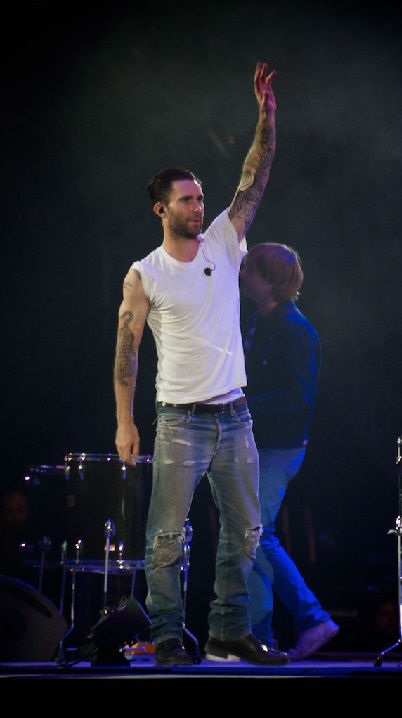 "<div class=""meta ""><span class=""caption-text "">With 75,214 in attendance, Adam Levine and company delivered another memorable performance Thursday night. (KTRK Photo/ David Mackey)</span></div>"