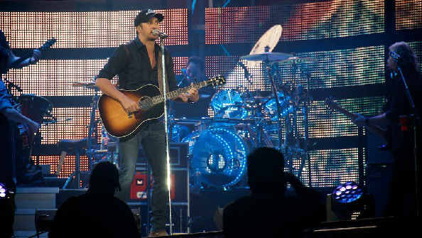 "<div class=""meta image-caption""><div class=""origin-logo origin-image ""><span></span></div><span class=""caption-text"">It was a Luke Bryan kind of night at the Rodeo on St. Patrick's Day.  (KTRK Photo)</span></div>"