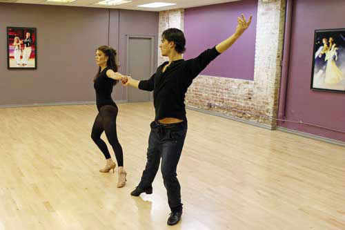 "<div class=""meta image-caption""><div class=""origin-logo origin-image ""><span></span></div><span class=""caption-text"">DANCING WITH THE STARS - REHEARSALS - This season's dynamic lineup of stars  will perform for the first time on live national television with their professional partners during the two-hour season premiere of ""Dancing with the Stars,"" MONDAY, MARCH 18 (8:00-10:01 p.m., ET) on the ABC Television Network. (ABC/Rick Rowell) LISA VANDERPUMP, GLEB SAVCHENKO (Photo/Rick Rowell)</span></div>"