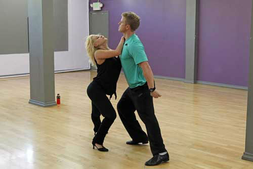 "<div class=""meta ""><span class=""caption-text "">DANCING WITH THE STARS - REHEARSALS - This season's dynamic lineup of stars  will perform for the first time on live national television with their professional partners during the two-hour season premiere of ""Dancing with the Stars,"" MONDAY, MARCH 18 (8:00-10:01 p.m., ET) on the ABC Television Network. (ABC/Rick Rowell) PETA MURGATROYD, SEAN LOWE (Photo/Rick Rowell)</span></div>"