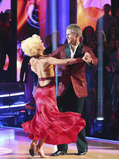 "<div class=""meta ""><span class=""caption-text "">DANCING WITH THE STARS - ""Episode 1601"" -- ""Dancing with the Stars"" was back with an all-new cast of fresh faces hitting the dance floor. The competition began with the two-hour Season 16 premiere, live, MONDAY, MARCH 18 (8:00-10:01 p.m., ET) on the ABC Television Network.   (ABC/Adam Taylor) PETA MURGATROYD, SEAN LOWE (Photo/Adam Taylor)</span></div>"