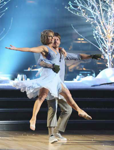 "<div class=""meta ""><span class=""caption-text "">DANCING WITH THE STARS - ""Episode 1601"" -- ""Dancing with the Stars"" was back with an all-new cast of fresh faces hitting the dance floor. The competition began with the two-hour Season 16 premiere, live, MONDAY, MARCH 18 (8:00-10:01 p.m., ET) on the ABC Television Network.   (ABC/Adam Taylor) DOROTHY HAMILL, TRISTAN MACMANUS (Photo/Adam Taylor)</span></div>"