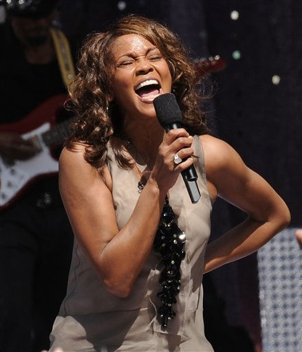 "<div class=""meta ""><span class=""caption-text "">FILE - In this Sept. 1, 2009  file photo, singer Whitney Houston performs on 'Good Morning America' in New York's Central Park. Houston, who reigned as pop music's queen until her majestic voice and regal image were ravaged by drug use, has died, Saturday, Feb. 11, 2012. She was 48.(AP Photo/Evan Agostini, File) (AP Photo/ Evan Agostini)</span></div>"