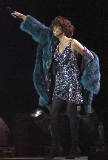 American pop star Whitney Houston performs at a concert in Moscow, Russia, Wednesday, Dec. 9, 2009. &#40;AP Photo&#41; <span class=meta>(AP Photo&#47; STR)</span>