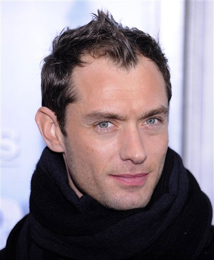 "<div class=""meta ""><span class=""caption-text "">People's Sexiest Man Alive 2004: Jude Law. Actor Jude Law attends the premiere of ""Sherlock Holmes"" at Lincoln Center in New York, on Thursday, Dec. 17, 2009.  (AP Photo/ Peter Kramer)</span></div>"