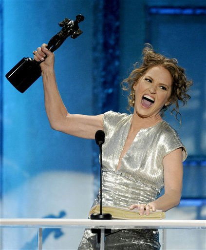 "<div class=""meta ""><span class=""caption-text "">Melissa Leo accepts the award for best female actor in a supporting role for ""The Fighter"" at the 17th Annual Screen Actors Guild Awards on Sunday, Jan. 30, 2011 in Los Angeles.  (AP Photo/ Mark J. Terrill)</span></div>"