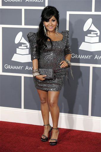 Nicole &#34;Snooki&#34; Polizzi arrives at the 53rd annual Grammy Awards on Sunday, Feb. 13, 2011, in Los Angeles. &#40;AP Photo&#47;Chris Pizzello&#41; <span class=meta>(AP Photo&#47; Chris Pizzello)</span>