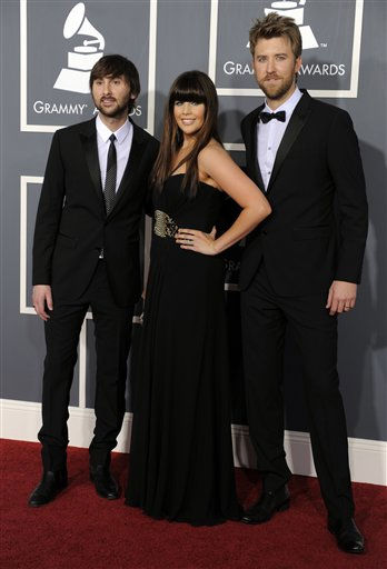 "<div class=""meta ""><span class=""caption-text "">Lady Antebellum, from left, Dave Haywood, Hilary Scott, and Charles Kelley arrive at the 53rd annual Grammy Awards on Sunday, Feb. 13, 2011, in Los Angeles. (AP Photo/Chris Pizzello) (AP Photo/ Chris Pizzello)</span></div>"
