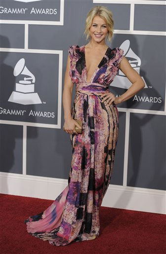 "<div class=""meta ""><span class=""caption-text "">Julianne Hough arrives at the 53rd annual Grammy Awards on Sunday, Feb. 13, 2011, in Los Angeles. (AP Photo/Chris Pizzello) (AP Photo/ Chris Pizzello)</span></div>"