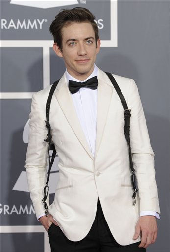 "<div class=""meta ""><span class=""caption-text "">Kevin McHale arrives at the 53rd annual Grammy Awards on Sunday, Feb. 13, 2011, in Los Angeles. (AP Photo/Chris Pizzello) (AP Photo/ Chris Pizzello)</span></div>"