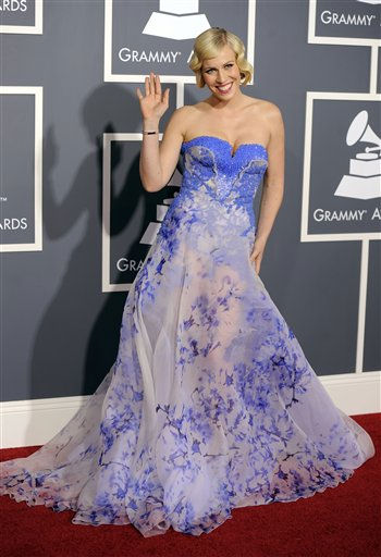 Natasha Bedingfield arrives at the 53rd annual Grammy Awards on Sunday, Feb. 13, 2011, in Los Angeles. &#40;AP Photo&#47;Chris Pizzello&#41; <span class=meta>(AP Photo&#47; Chris Pizzello)</span>