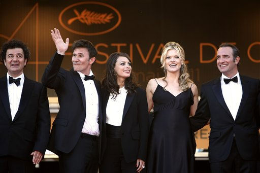 "<div class=""meta ""><span class=""caption-text "">Second from left, director Michel Hazanavicius, actress Berenice Bejo, actress Missi Pyle and actor Jean Dujardin pose on the red carpet for the screening of The Artist at the 64th international film festival, in Cannes, southern France, Sunday, May 15, 2011. (AP Photo/Lionel Cironneau) (Photo/Lionel Cironneau)</span></div>"