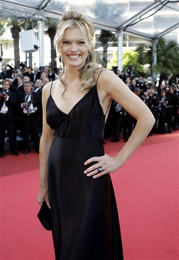 Actress Missi Pyle arrives for the screening of The Artist at the 64th international film festival, in Cannes, southern France, Sunday, May 15, 2011. &#40;AP Photo&#47;Lionel Cironneau&#41; <span class=meta>(Photo&#47;Lionel Cironneau)</span>