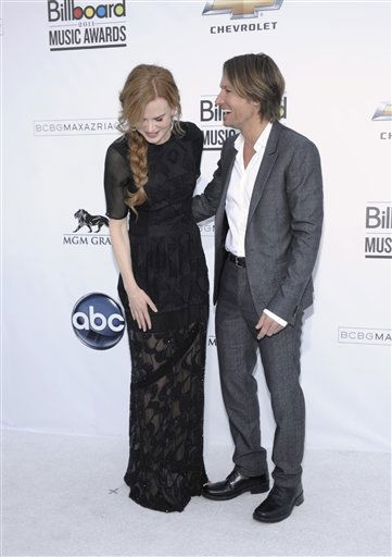 Actress Nicole Kidman, left, and singer Keith Urban arrive at the 2011 Billboard Music Awards in Las Vegas on Sunday, May 22, 2011. &#40;AP Photo&#47;Dan Steinberg&#41; <span class=meta>(AP Photo&#47; Dan Steinberg)</span>