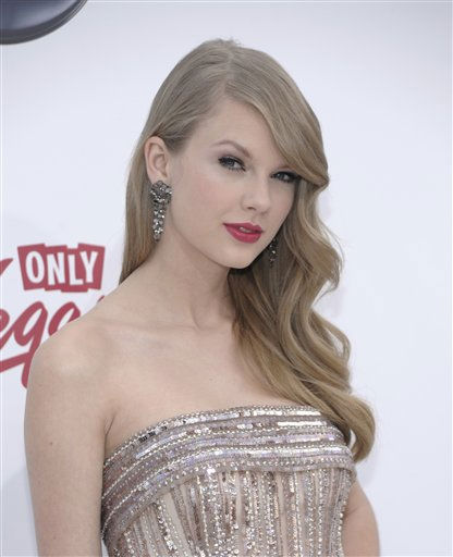 "<div class=""meta image-caption""><div class=""origin-logo origin-image ""><span></span></div><span class=""caption-text"">Singer Taylor Swift arrives at the 2011 Billboard Music Awards in Las Vegas on Sunday, May 22, 2011. (AP Photo/Dan Steinberg) (AP Photo/ Dan Steinberg)</span></div>"