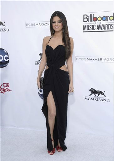 Singer Selena Gomez arrives at the 2011 Billboard Music Awards in Las Vegas on Sunday, May 22, 2011. &#40;AP Photo&#47;Dan Steinberg&#41; <span class=meta>(AP Photo&#47; Dan Steinberg)</span>