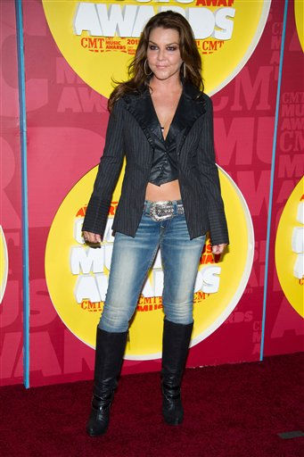 "<div class=""meta image-caption""><div class=""origin-logo origin-image ""><span></span></div><span class=""caption-text"">Gretchen Wilson arrives at the 2011 CMT Music Awards in Nashville, Tenn. on Wednesday, June 8, 2011. (AP Photo/Charles Sykes) (AP Photo/ Charles Sykes)</span></div>"