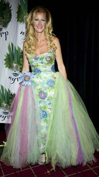 Sandra Lee attends Bette Midler&#39;s Hulaween gala benefit for the New York Restoration Project, in New York, Friday, Oct. 28, 2011. &#40;AP Photo&#47;Charles Sykes&#41; <span class=meta>(AP Photo&#47; Charles Sykes)</span>