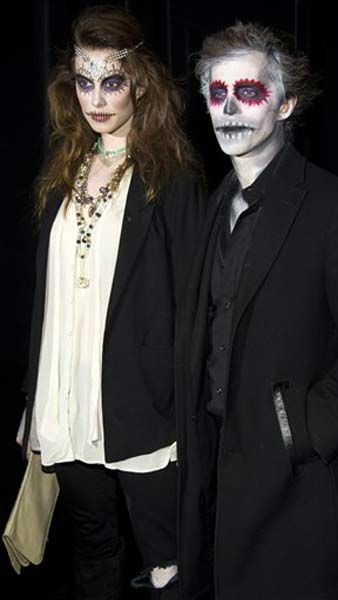 Elettra Wiedemann and guest attend Bette Midler&#39;s Hulaween gala benefit for the New York Restoration Project, in New York, Friday, Oct. 28, 2011. &#40;AP Photo&#47;Charles Sykes&#41; <span class=meta>(AP Photo&#47; Charles Sykes)</span>
