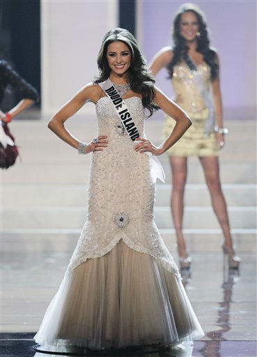 "<div class=""meta ""><span class=""caption-text "">Miss Rhode Island Olivia Culpo poses as she is named one of the 16 finalists during the 2012 Miss USA pageant, Sunday, June 3, 2012, in Las Vegas. (AP Photo/Julie Jacobson) (AP Photo/ Julie Jacobson)</span></div>"