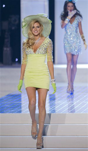 "<div class=""meta ""><span class=""caption-text "">Miss California Natalie Pack walks the runway during the opening number fashion show during the 2012 Miss USA pageant, Sunday, June 3, 2012, in Las Vegas. (AP Photo/Julie Jacobson) (AP Photo/ Julie Jacobson)</span></div>"