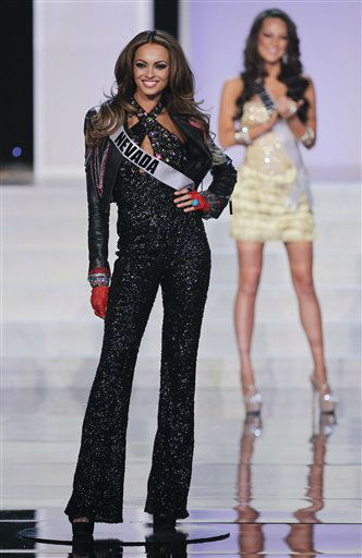 "<div class=""meta ""><span class=""caption-text "">Miss Nevada Jade Keisall is named one of the 16 finalists during the 2012 Miss USA pageant, Sunday, June 3, 2012, in Las Vegas. (AP Photo/Julie Jacobson) (AP Photo/ Julie Jacobson)</span></div>"
