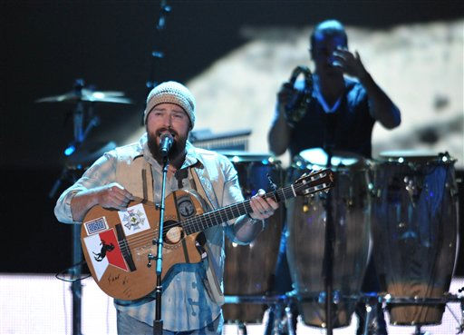 Zac Brown, left, performs with the Zac Brown Band at the 2012 CMT Music Awards on Wednesday, June 6, 2012 in Nashville, Tenn. &#40;Photo by John Shearer&#47;Invision&#47;AP&#41; <span class=meta>(Photo&#47;John Shearer)</span>