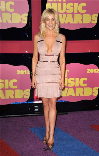 Kellie Pickler arrives at the 2012 CMT Music Awards on Wednesday, June 6, 2012 in Nashville, Tenn. &#40;Photo by John Shearer&#47;Invision&#47;AP&#41; <span class=meta>(Photo&#47;John Shearer)</span>