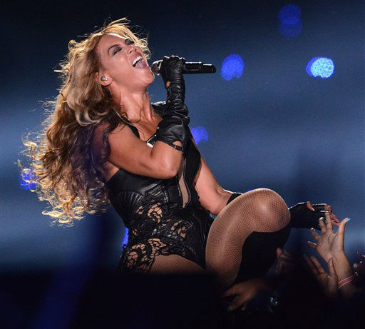 "<div class=""meta image-caption""><div class=""origin-logo origin-image ""><span></span></div><span class=""caption-text"">Recording artist Beyonce performs at Super Bowl XLVII on Sunday, Feb. 3, 2013 in New Orleans. (Photo by Jordan Strauss/Invision/AP)</span></div>"