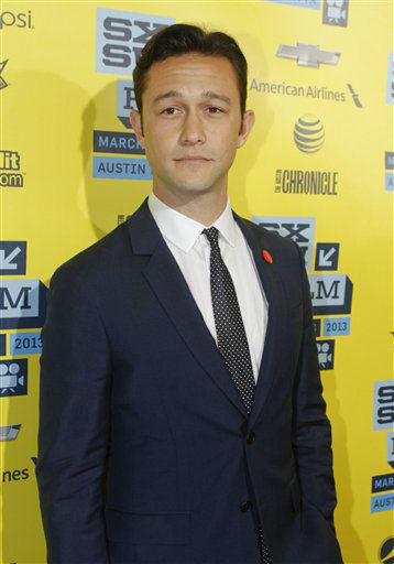 Joseph Gordon-Levitt arrives at a screening of &#34;Don Jon&#39;s Addiction at the SXSW Film Festival, on Monday, March 11, 2013 in Austin, Texas. &#40;Photo by Jack Plunkett&#47;Invision&#47;AP Images&#41; <span class=meta>(Photo&#47;Jack Plunkett)</span>