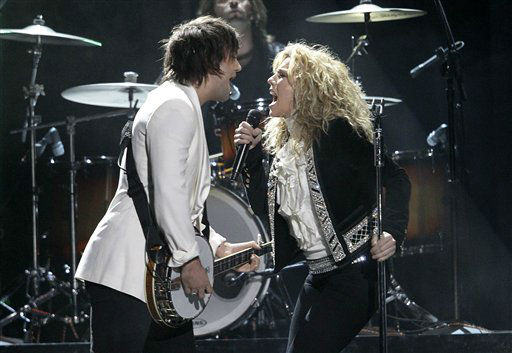 Neil Perry, left, and Kimberly Perry, of musical group The Band Perry, perform onstage at the 46th Annual Country Music Awards at the Bridgestone Arena on Thursday, Nov. 1, 2012, in Nashville, Tenn. &#40;Photo by Wade Payne&#47;Invision&#47;AP&#41; <span class=meta>(Photo&#47;Wade Payne)</span>