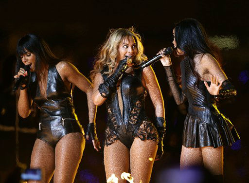Beyonce, center, Kelly Rowland, left, and Michelle Williams, of Destiny&#39;s Child, perform during the halftime show of the NFL Super Bowl XLVII football game between the San Francisco 49ers and the Baltimore Ravens, Sunday, Feb. 3, 2013, in New Orleans.    <span class=meta>(AP Photo&#47; Mark Humphrey)</span>