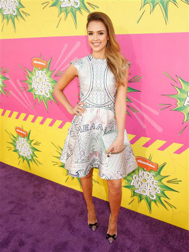 Actress Jessica Alba arrives at the 26th annual Nickelodeon&#39;s Kids&#39; Choice Awards on Saturday, March 23, 2013, in Los Angeles. &#40;Photo by Todd Williamson&#47;Invision&#47;AP&#41; <span class=meta>(Photo&#47;Todd Williamson)</span>